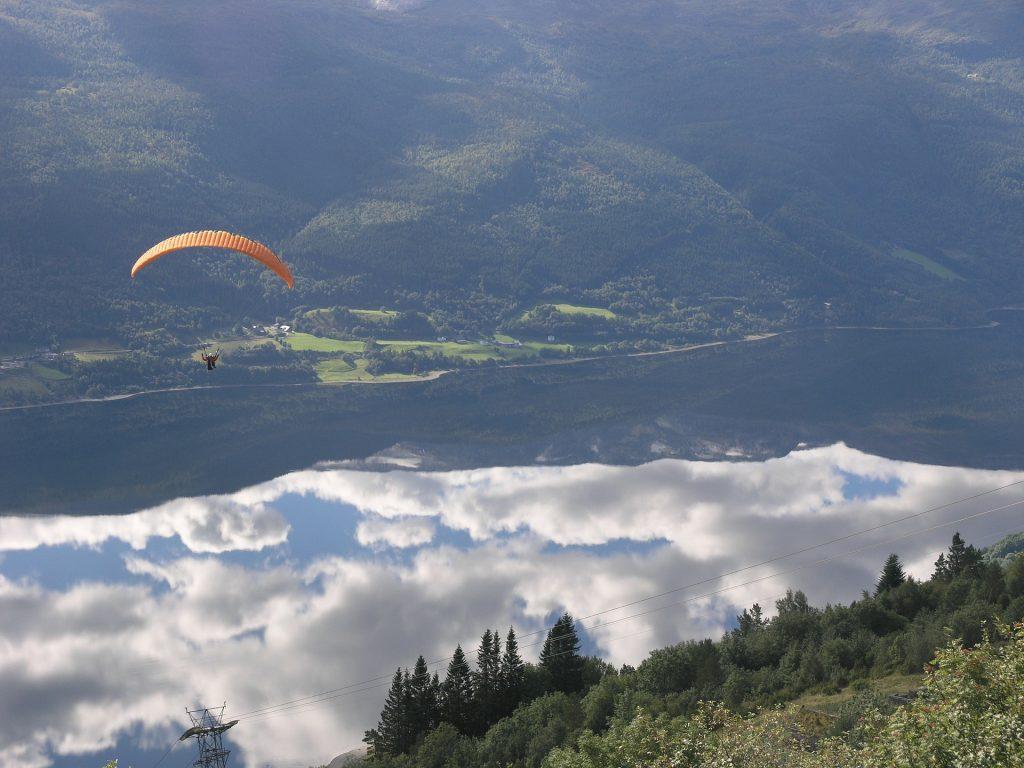 Drachenfliegen und Paragliding