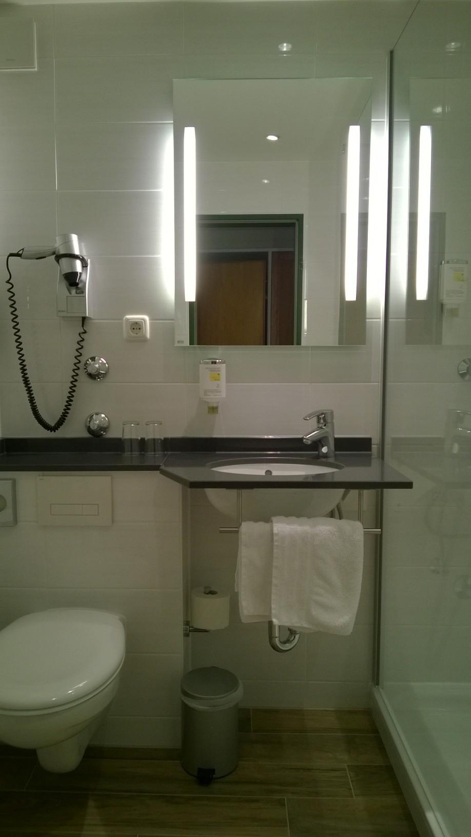 hotelinfos f r ihre bernachtungen in bad t lz. Black Bedroom Furniture Sets. Home Design Ideas